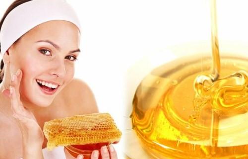 como aplicar miel en la cara