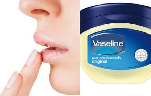 vaselina para labios partidos